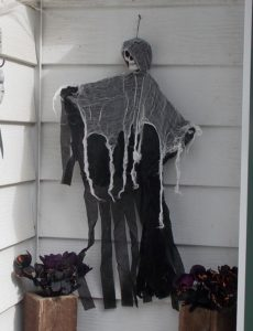 ghoul-by-door
